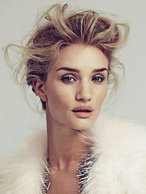 Rosie Huntington-Whiteley's Winter White Spread For Vogue Mexico