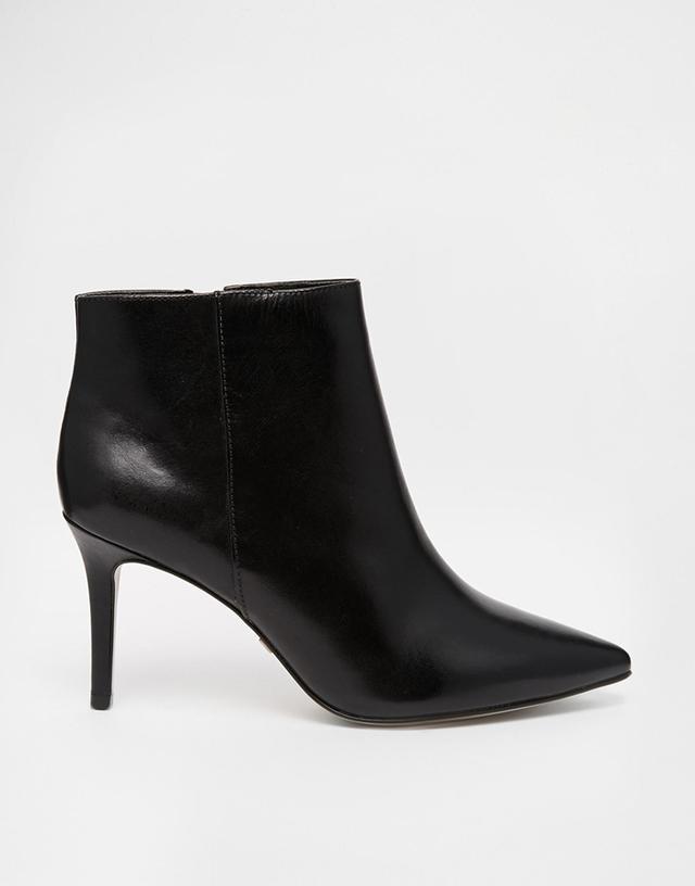 Buffalo Leather Gaucho Heeled Shoe Boots