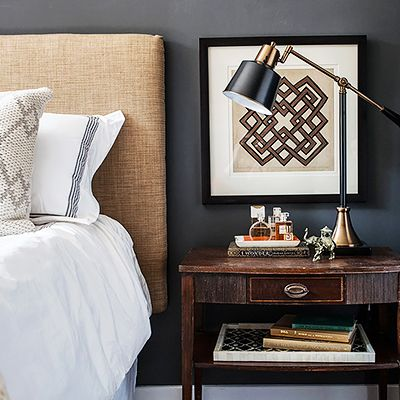 7 Inexpensive Ways to Spruce Up Your Guest Room This Season