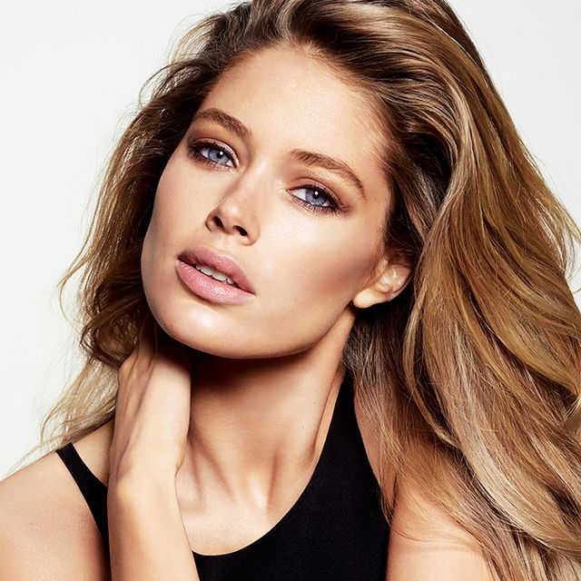 Exclusive: Doutzen Kroes on Grocery Store Beauty Buys and On-The-Go Workouts