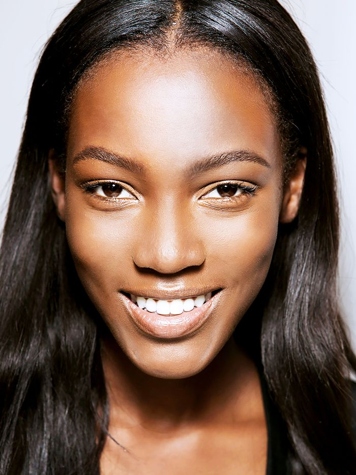 The Best Highlighters For Dark Skin Tones Byrdie