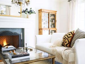 9 Chic Ways to Dress Up Your Boring Neutral Sofa