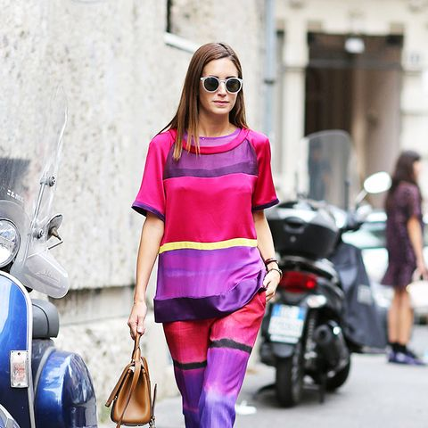 Colours That Suit Brunettes: Hot pink and purple worn by Gala Gonzalez