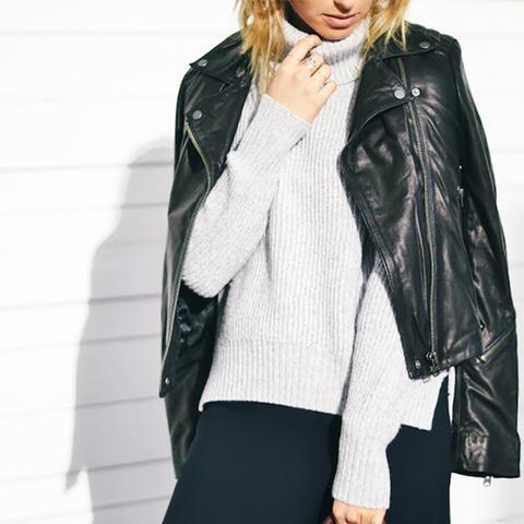 Turtleneck Sweater Street Style
