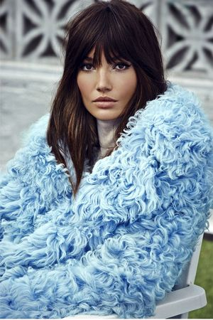 Lily Aldridge Transforms Into A Retro Rock Goddess For S Moda