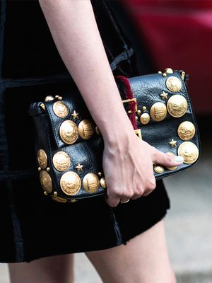7 Accessories Every Girl Needs For the Holiday Season