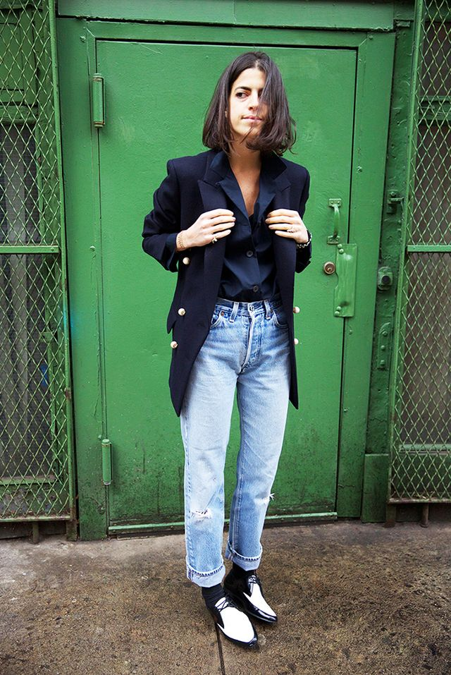 Why Mum Jeans Are the Best Thanksgiving Attire
