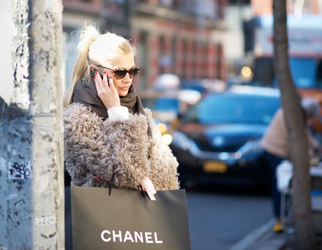Confession Time: When Do YOU Start Your Holiday Shopping?