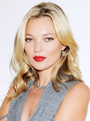 How Kate Moss Gets Ready for Holiday Parties