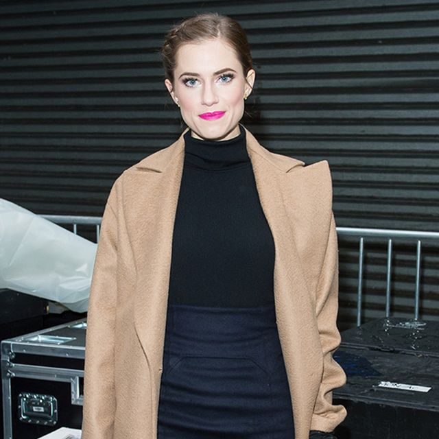 Allison Williams' Pink Pout Isn't The Only Thing We Love About This Look