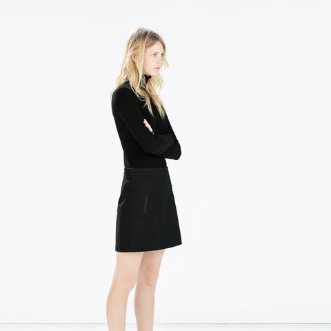 zara outfit black skirt and black sweater