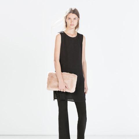 zara outfit black pants and black top