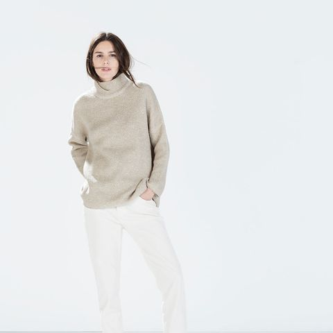 zara outfits white pants and beige sweater