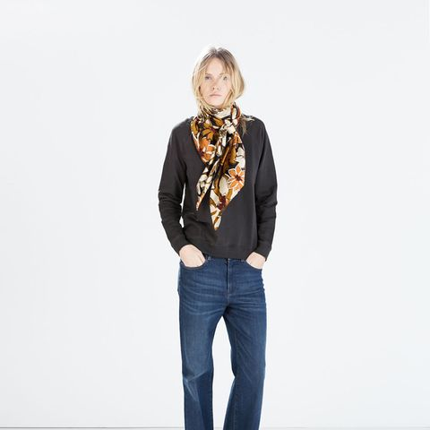 zara outfits wide leg jeans and scarf