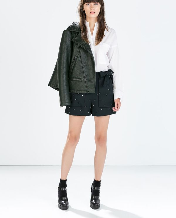 Shop The Look: Zara Oversize Mixed Fabric Poplin Shirt ($60) + Striped High Waist Shorts ($50) + High Heel Track Sole Shoes ($139)  Which look is your favorite? Let us know in the comments...