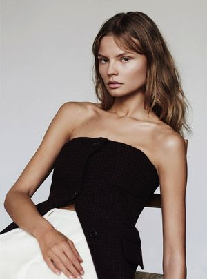 3 Ultra-Chic Ways To Wear A Bustier Or Corset Top