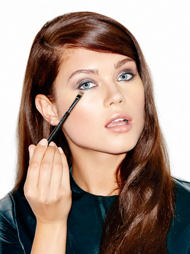 How To: Party-Ready Metallic Eye Makeup in 4 Steps