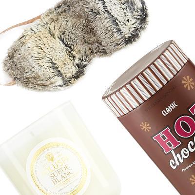 7 Snow Day Essentials for a Super Cozy Home