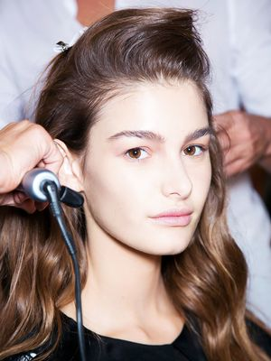 11 Things Your Hairdresser Wished You Knew: From Tipping to Texting