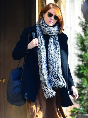 Have to Have it: Emma Stone's Noteworthy Winter Accessories