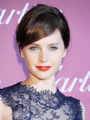 Felicity Jones' Gorgeous Red Lip, Plus More Celeb Beauty!