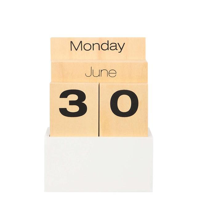 Urban Outfitters Shuttle Moveable Desk Calendar