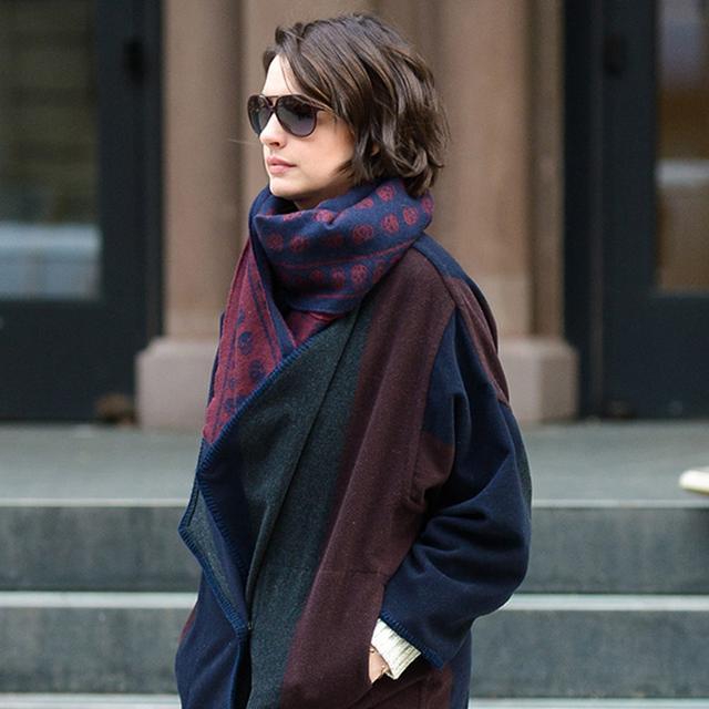 Found It: Anne Hathaway's Luxe Blanket Coat