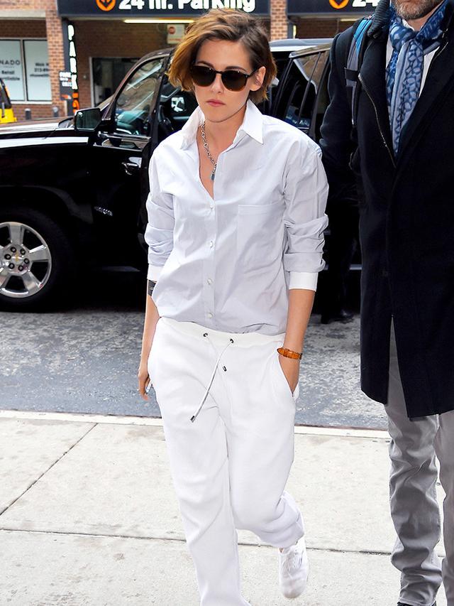 Kristen Stewart 39 S New 39 James Dean 39 Look Is Totally Working Whowhatwear Au