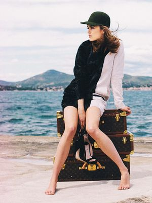 3 Tricks to Avoid a Suitcase Full of Wrinkly Clothing