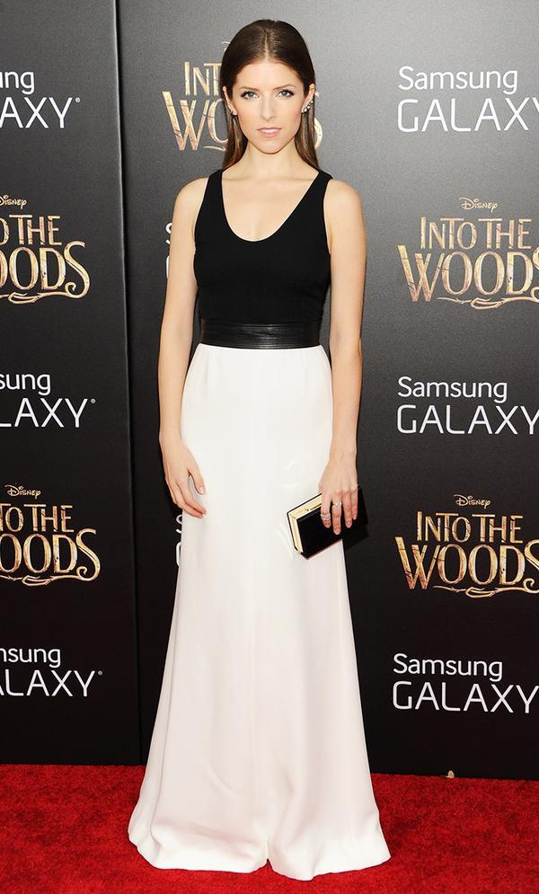 "Short: Anna Kendrick, 5'0"""