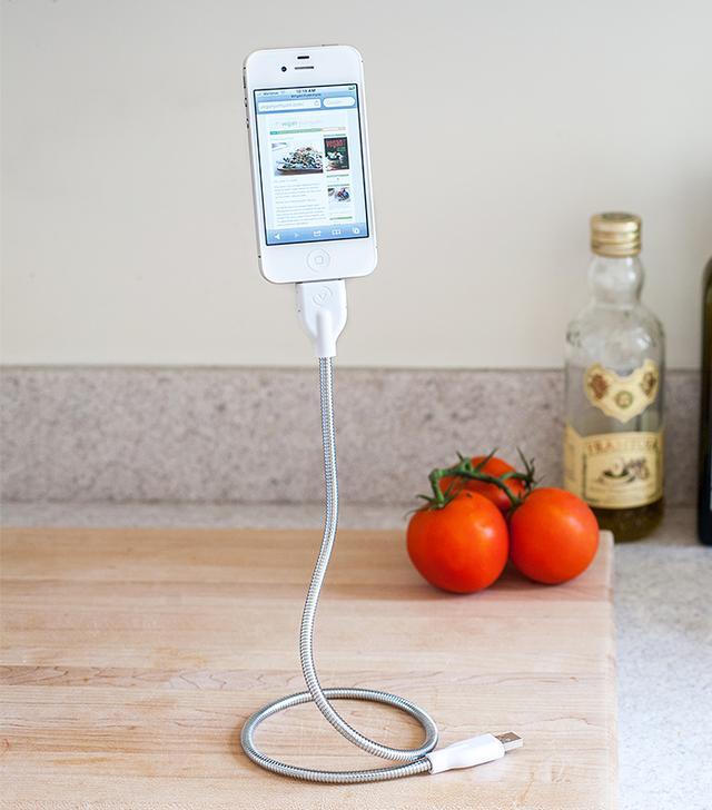 Une Bobine Phone Cable & Tripod