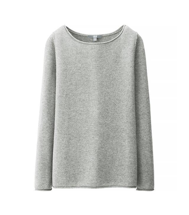 UNIQLO Women Light Cashmere Boat Neck Sweater in Light Gray