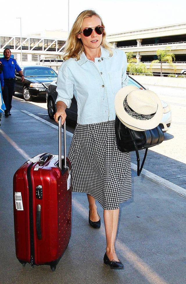 Want to stand out at the airport AND be comfortable? Wear a midi skirt: