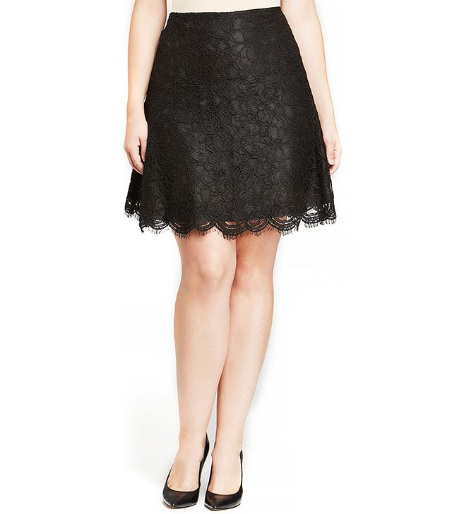 BB Dakota Plus Schiffer Lace Mini Skirt