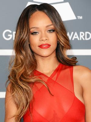 Happy Birthday, Rihanna! Her 9 Best Beauty Looks