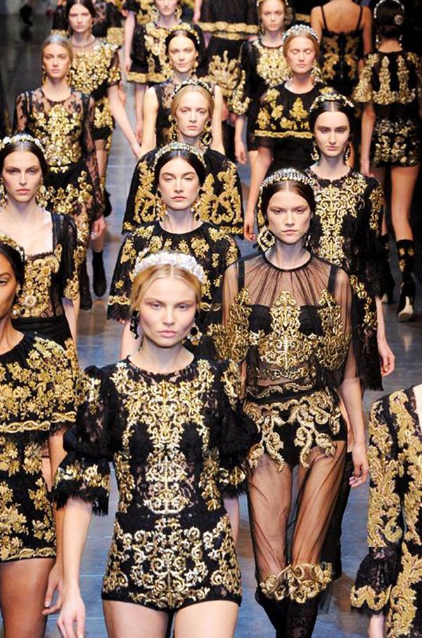 Repins:1623 Shop a Dolce & Gabbana hair accessory.