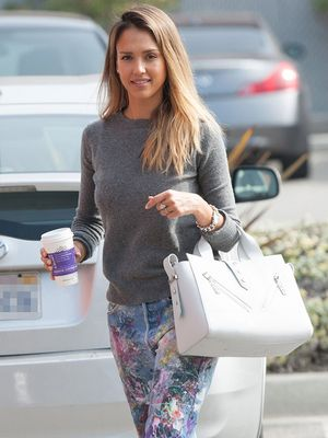 Jessica Alba's Weekend Essential: Splatter-Paint Jeans