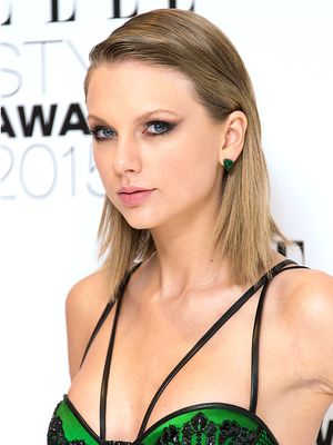 "Taylor Swift Ditches Her Classic ""Style,"" Plus More Celeb Beauty!"