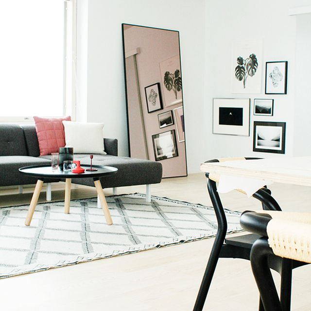 Crisp Comfortable Apartment Designs: Inside A Crisp And Clean One-Bedroom Apartment