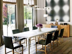 6 Essentials for a Sleek, Contemporary Dining Room