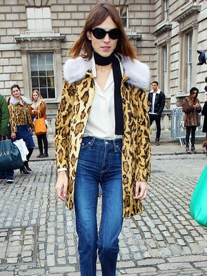 Alexa Chung Is Obsessed With This Accessory