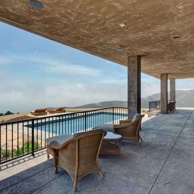 Tour Caitlyn Jenner's $3.6 Million Hilltop Malibu Mansion