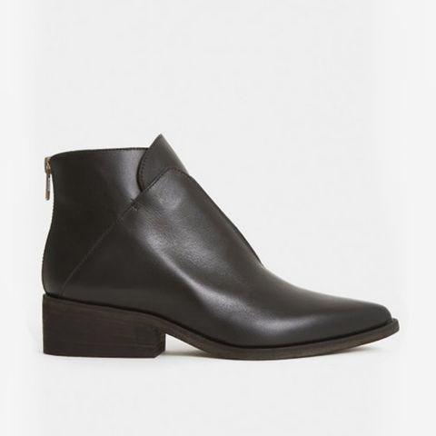 The Ash Boot in Black