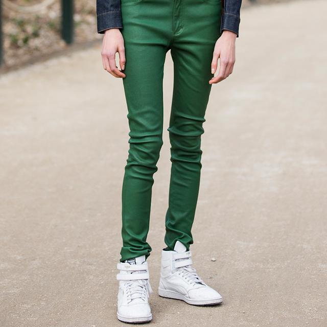 Are Colored Jeans Making a Comeback?