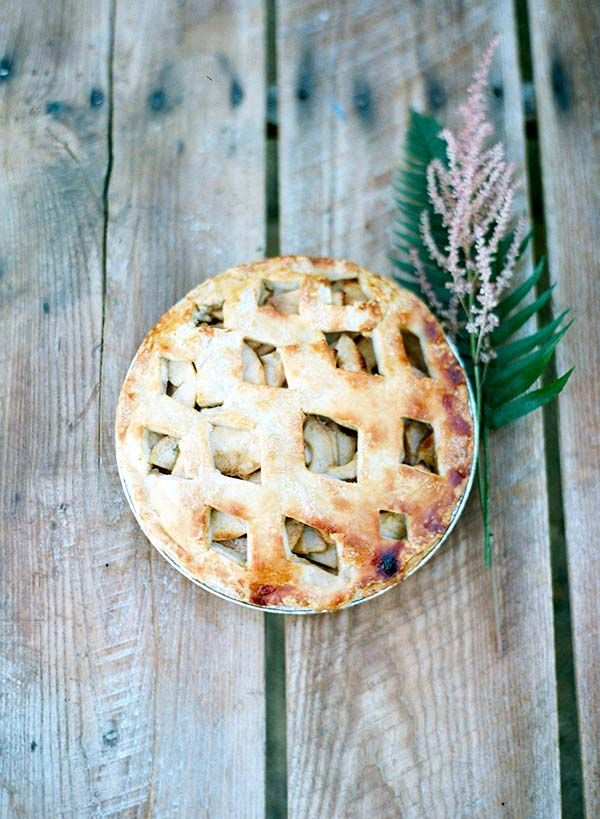 Lauren Conrad Shares Her Wedding Day Apple Pie Recipe