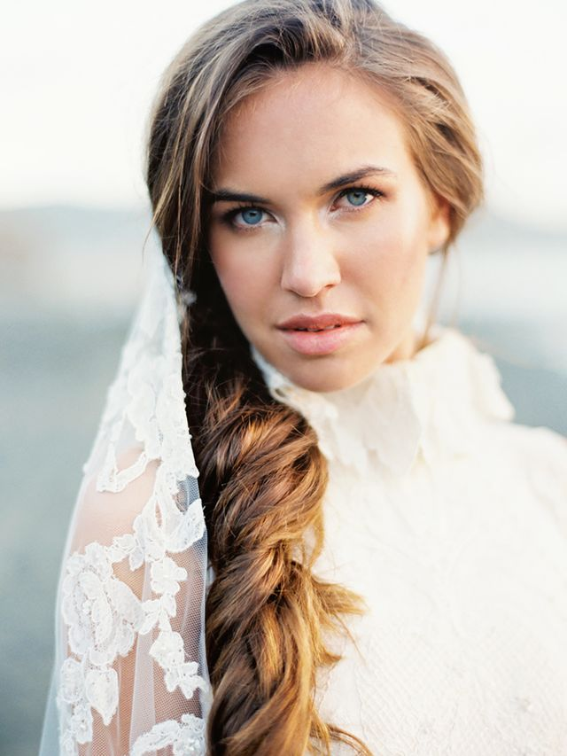 Doing Your Own Bridal Hair And Makeup : Would You Do Your Own Makeup for Your Wedding? Byrdie