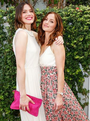 Mandy Moore and Minka Kelly Are Stylish BFFs in The Great