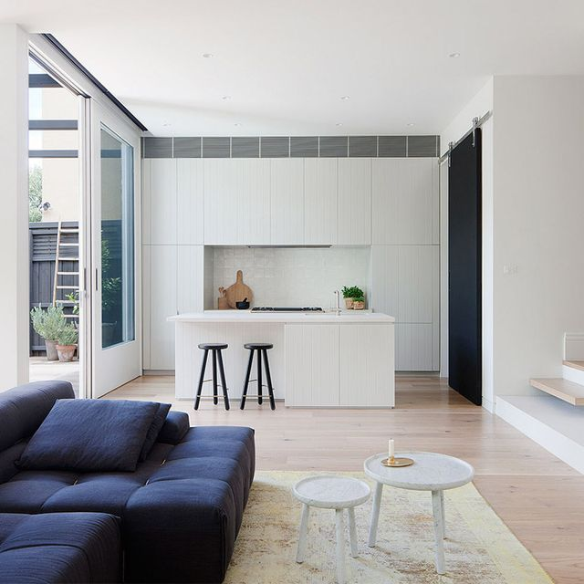 Tour an Australian Home with Modern Serenity