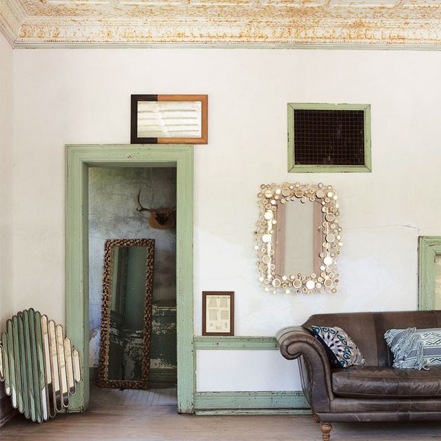 9 Eye-Catching Wall Mirrors to Spruce Up Any Space