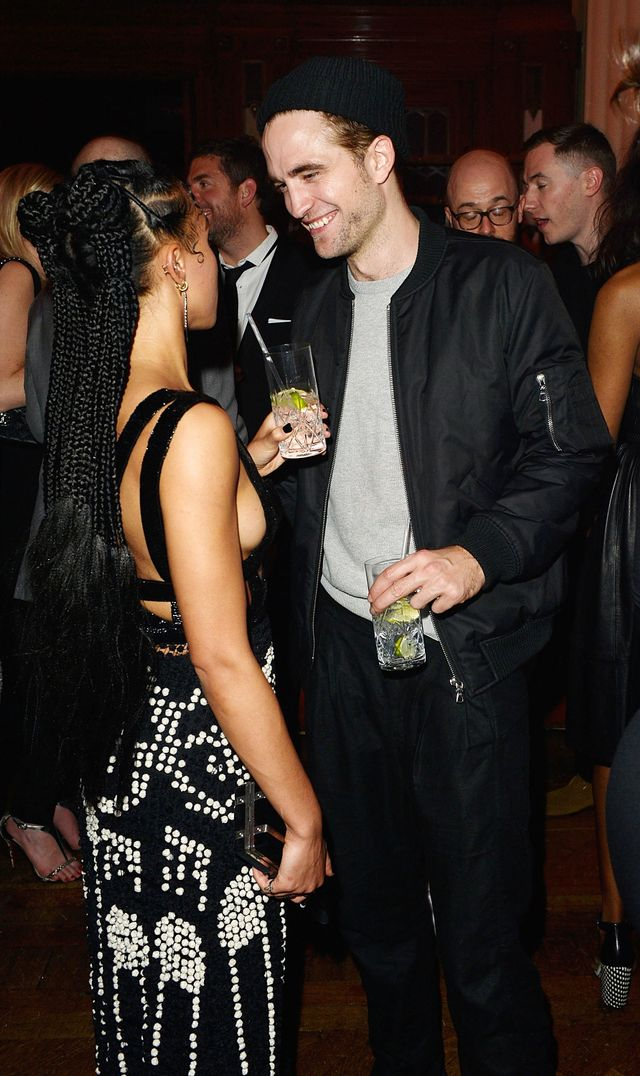 Robert Pattinson and FKA Twigs Are Engaged: Report